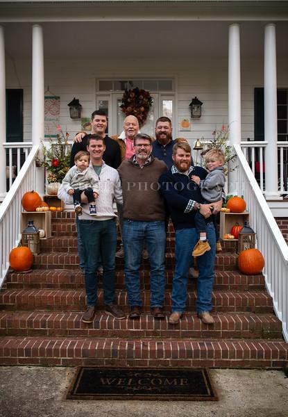 2019 November Ellis Family-231-144.jpg