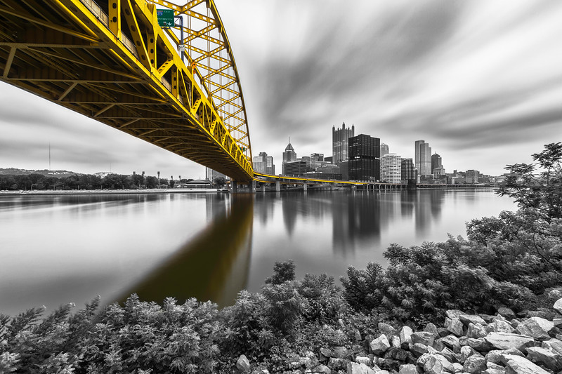 """""""Flying Past the Fort(S/C)"""" - Pittsburgh, South Shore   Recommended Print sizes*:  4x6  