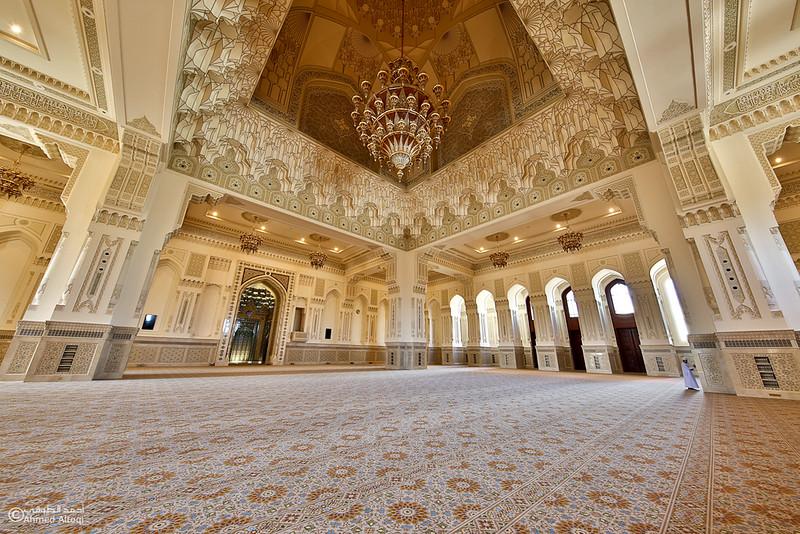 Sultan Qaboos mosque -- Sohar (44).jpg