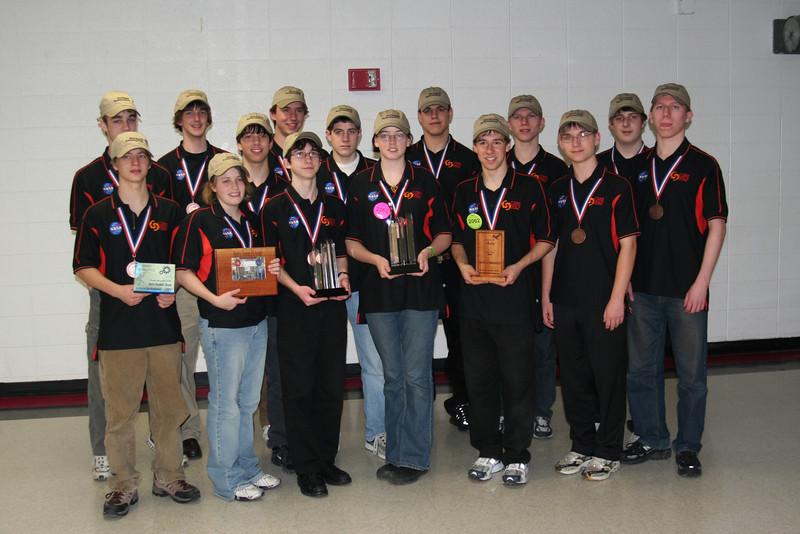 2007 Team Photo Students.JPG