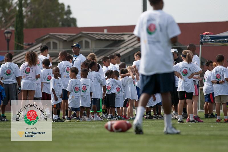 2015 Rosebowl Youth Football Clinic_0102.jpg