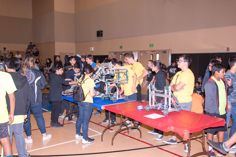 RoboticsCompetition_120217-113.jpg