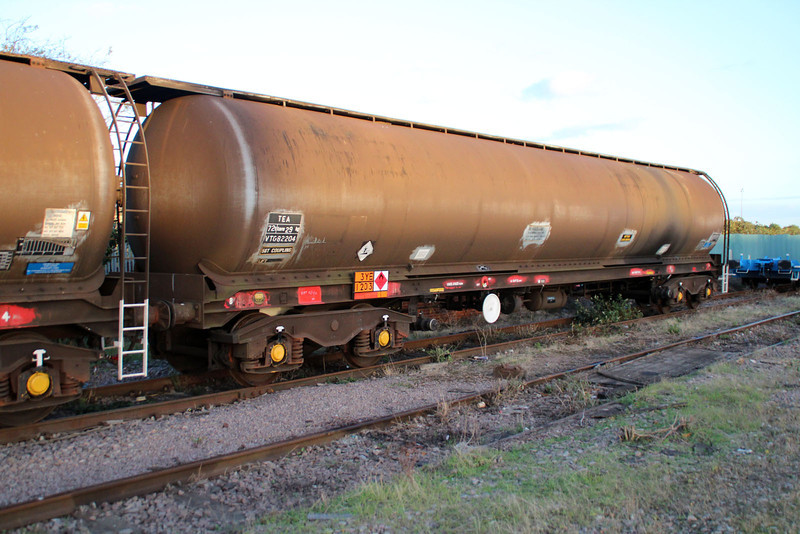 TEA 82204 Peterborough New England Yard 29/09/12.