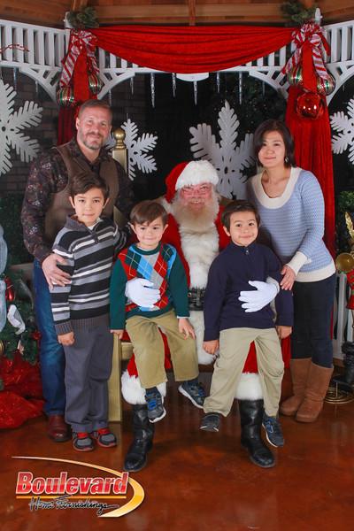 Santa 12-10-16-57.jpg