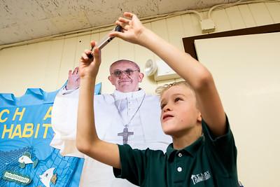 20150915 - Pope Selfie (SN)