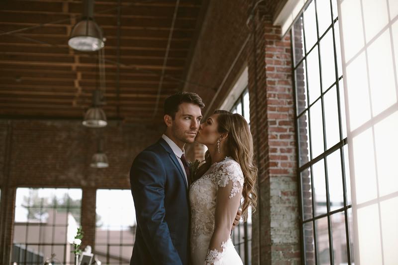 Kate&Josh_ZACH.WATHEN.PHOTOGRAPHER-716.jpg