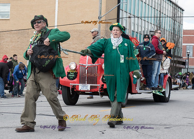 2016 St. Patricks Day Parade Kiss For luck