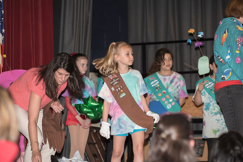Sara Girl Scouts 9  50_1236.jpg