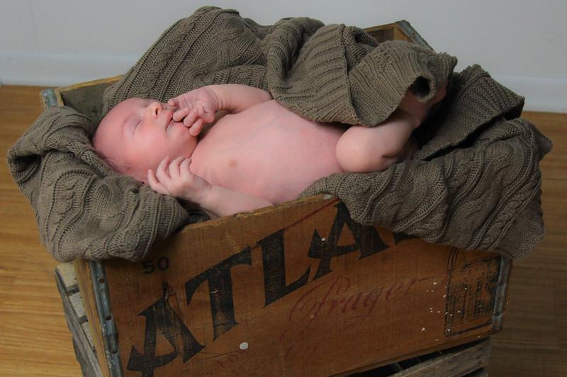 Lovendusky Newborn shoot-20.jpg
