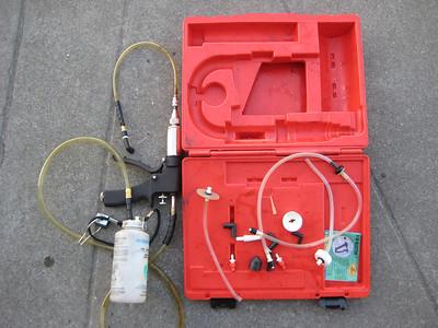 Professional, Phoenix brake bleed pump,