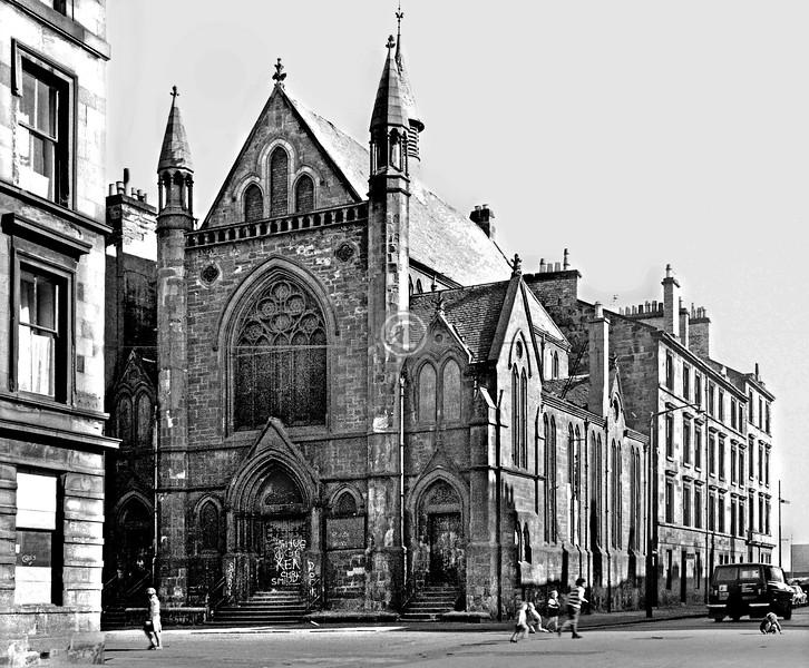 Dover St. / Pembroke St.   St Vincent Church.  April 1974
