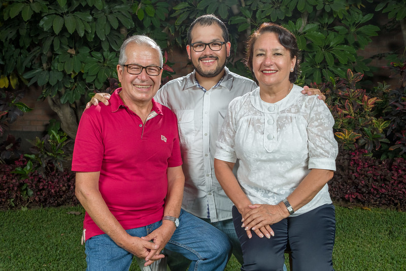 Sesión Familiar (Abril 2018)-33.jpg