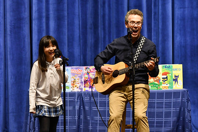 Author Eric Litwin Visits Lower School