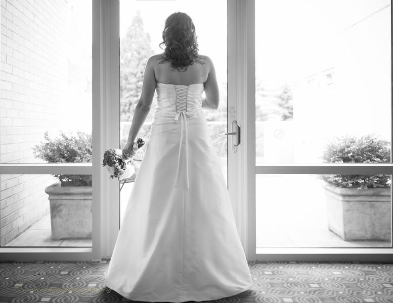 B&W Leffel Wedding-42.jpg
