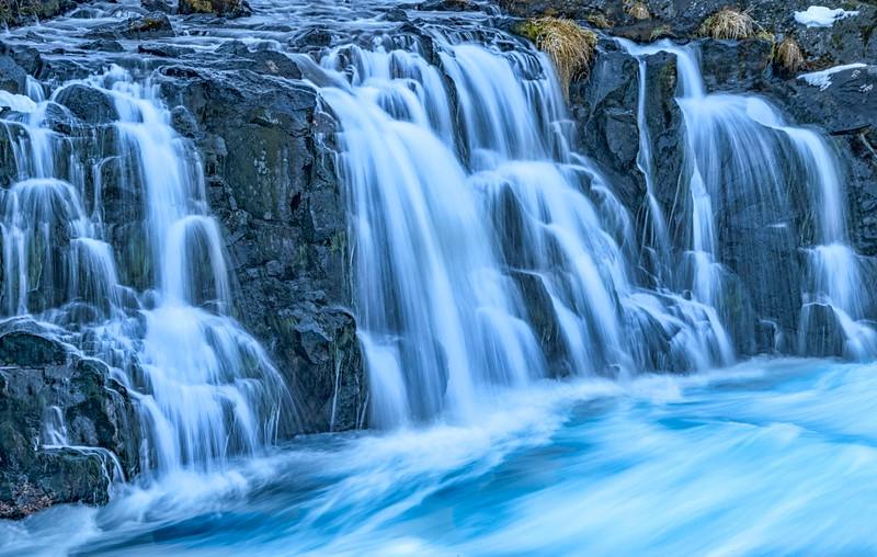 Waterfalls_Iceland-3.jpg