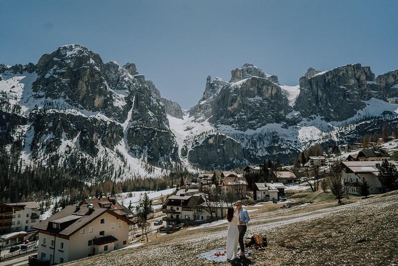 Tu-Nguyen-Destination-Wedding-Photographer-Dolomites-Venice-Elopement-173o.jpg