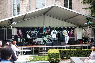 05-08-2016 Gcool and friends op de pleinfeesten Epe