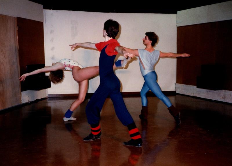 Dance_0068_b.jpg