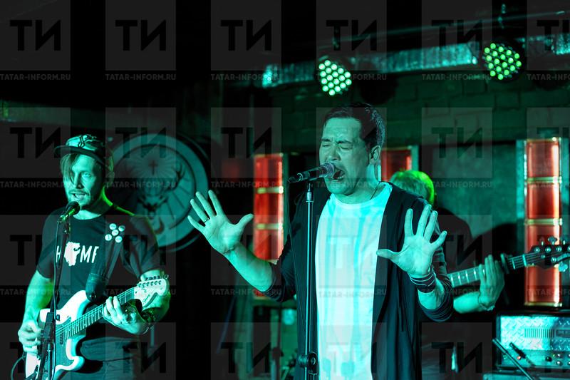 02.04.2021 - «Бүреләр» башкорт рок-төркеме концертыннан фоторепортаж (Фото Салават Камалетдинов )