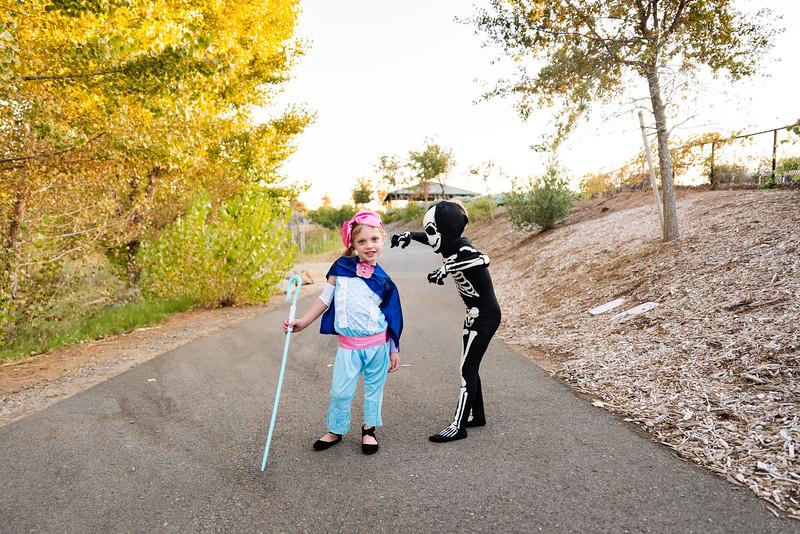 Colton and Paisley Halloween 2019-9029.jpg