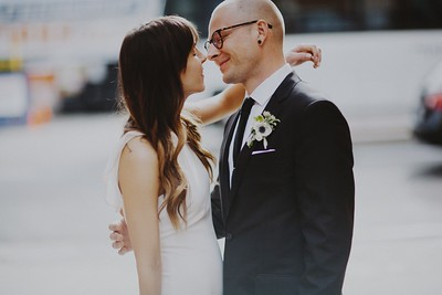 Ross & Samantha. Married.