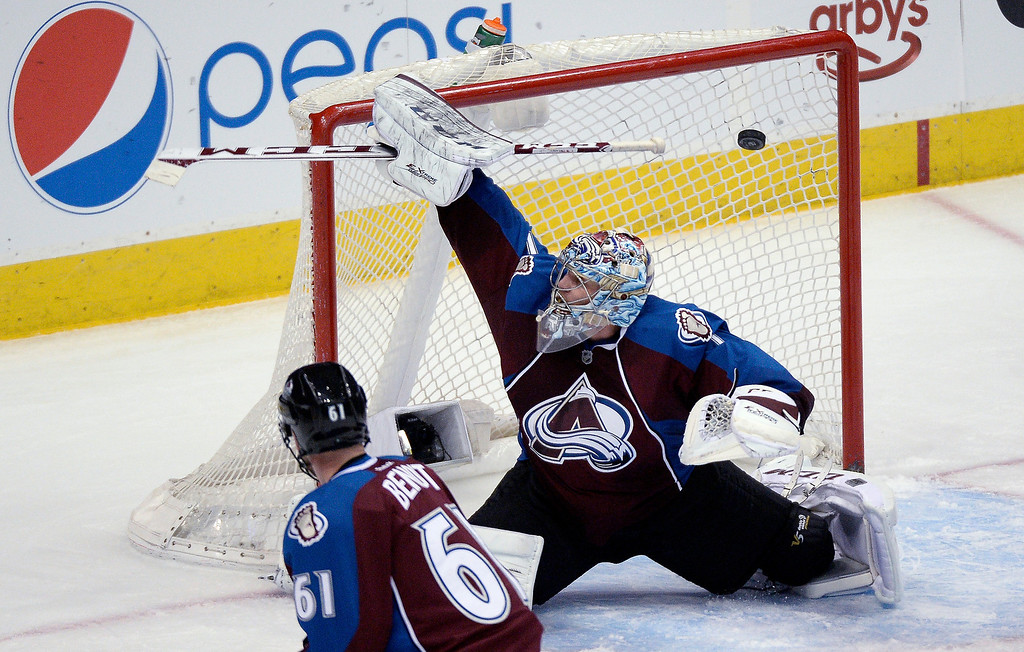 . Colorado Avalanche goalie Semyon Varlamov (1) can\'t make a save on a shot by Ottawa Senators center Kyle Turris (7) for a score during the second period January 8, 2014 at Pepsi Center. (Photo by John Leyba/The Denver Post)