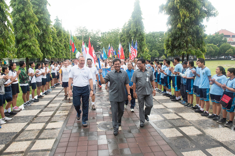 20170131_Peace Run Denpasar w_ViceGov_025.jpg