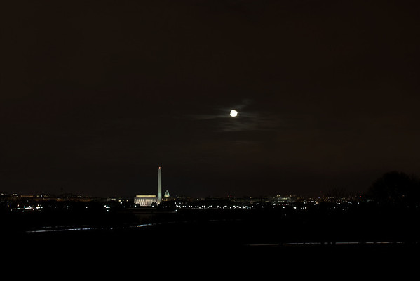 Moon Over the City_4402072399_l.jpg