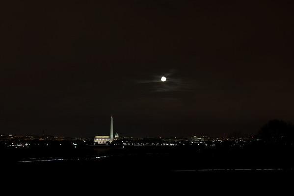 Moon Over the City_4402072399_l.jpg