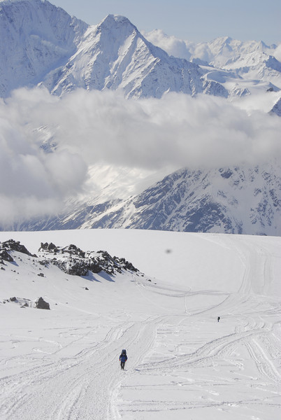 080502 1926 Russia - Mount Elbruce - Day 2 Trip to 15000 feet _E _I ~E ~L.JPG