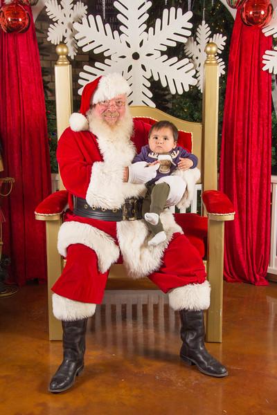 Santa 12-16-17-175.jpg