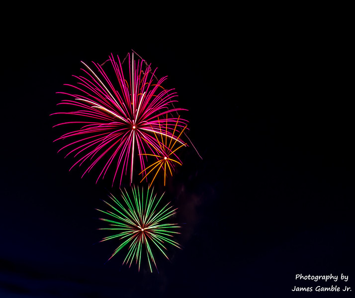 Fourth-of-July-Fireworks-2016-0310.jpg