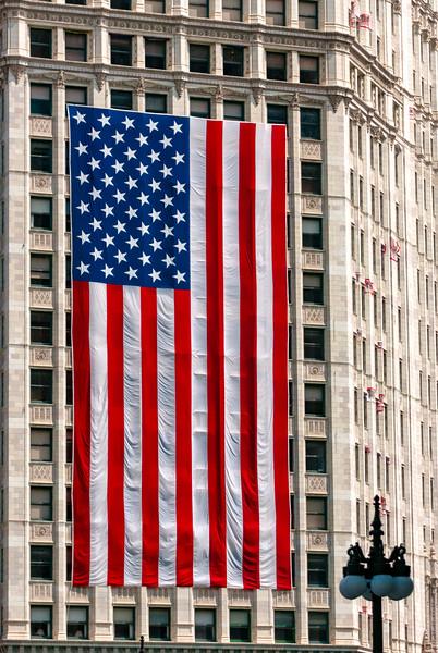 wrigleyflag.jpg