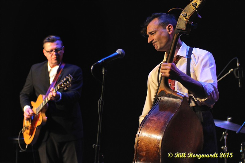 Paul Pigat & Keith Picot - Cousin Harley at the Horizon Stage #102