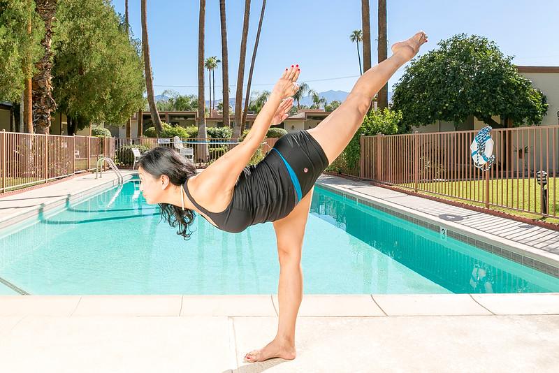 Tom_Dean_POOL_Yoga_054.jpg