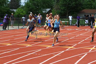 D1 Girls 400M Finals - 2013 MHSAA LP Track and Field