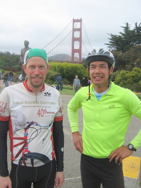 At the finish with Brian Chun (2009 SFR 600k, photo Brian Chun  [at least Brian's camera])