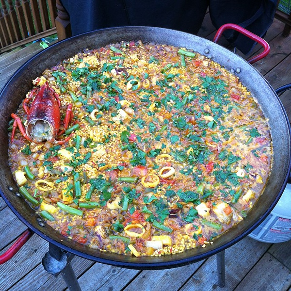 Under an hour to go. #paella #jux