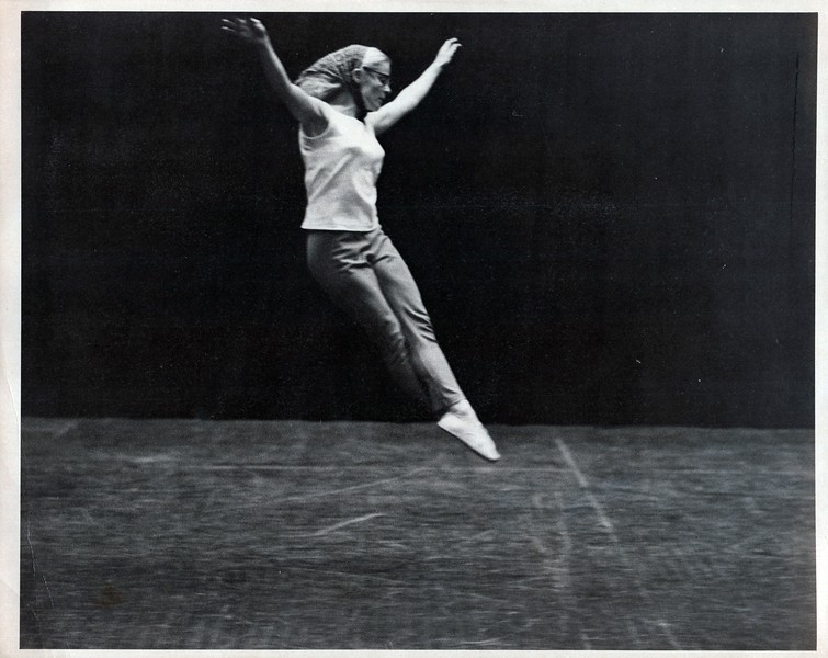 Dance_2415_a.jpg