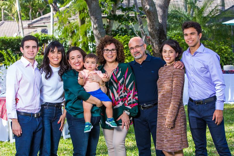 Vaca Family Portraits 2018