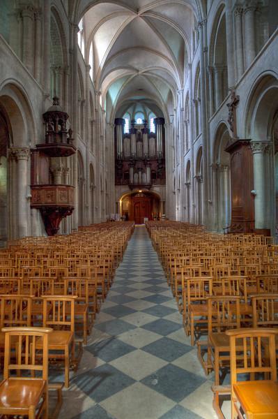 Caen Abbaye-aux-Hommes Nave