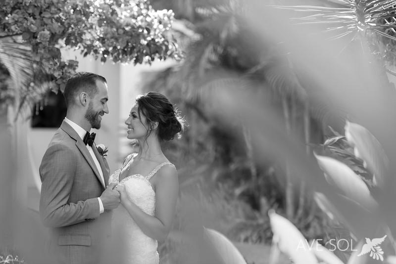 Danielle-Kirk-3-Newlyweds-45-Edit.jpg