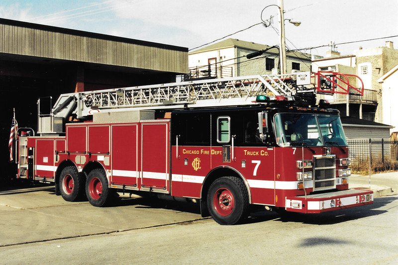 Truck 7 E-306  2002 Pierce Dash 2000 100' 12838-11