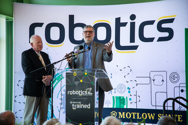 Robotics Grand Opening-8918.jpg
