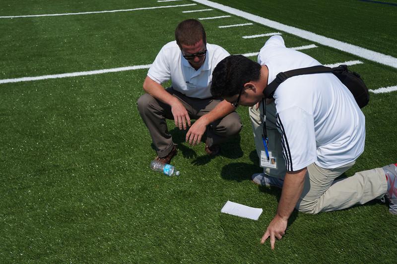 Longhorn-Visits-Field-Turf-Installation-at-Lutheran-West-Alumni-Field-2012--024.jpg