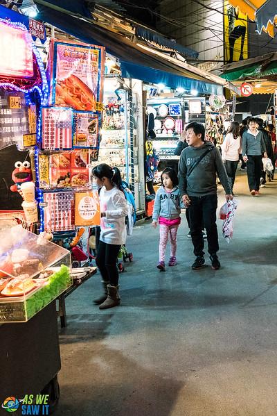 Shilin-Night-Market-09915.jpg