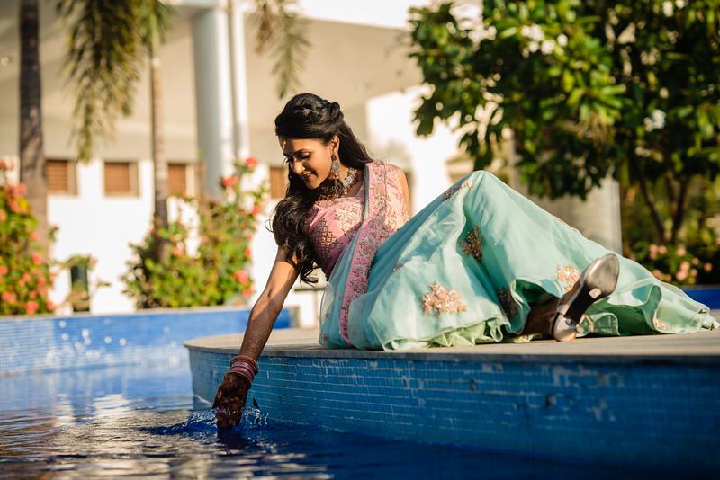 Candid Wedding Photographer Ahmedabad-1-71.jpg