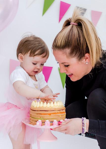 cake smash Eva-3582.jpg
