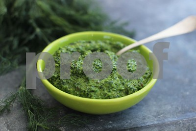 feeling-peckish-for-low-calorie-flavorful-pesto-dont-limit-yourself-to-basil