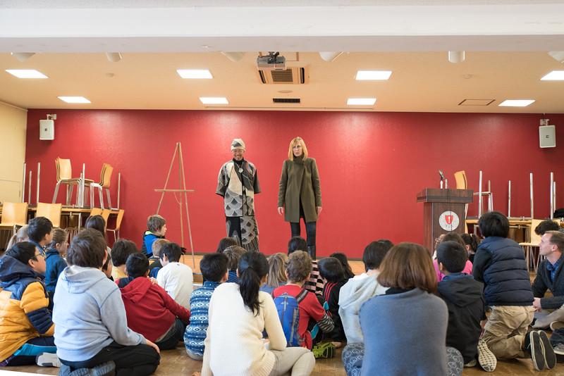 grade 5 fashion show art-0795.jpg